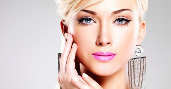 10 süper makyaj sırrıyla güzelleşin