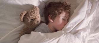 """""""Çocuğunuzla uyku konusunda inatlaşmayın"""""""