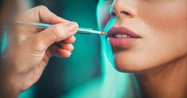 Neden dudak pudrası uygulanmalı?